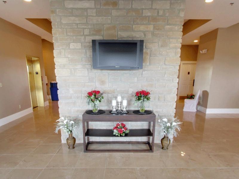 Little Bear Golf Club wedding interior