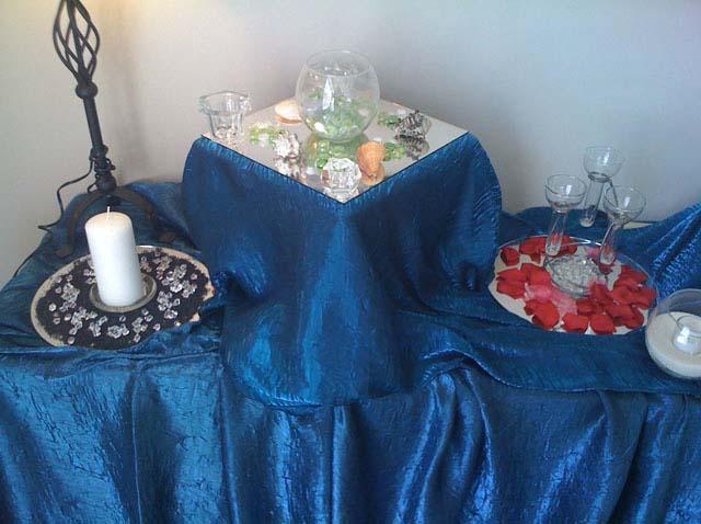 a casual center piece on blue linen