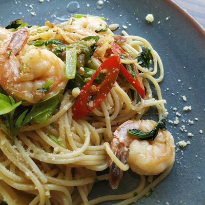 sit down dinner catering shrimp linguine