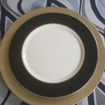 catering plate with black trim